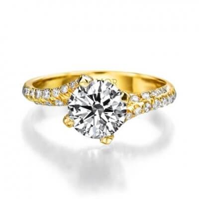 טבעת אירוסין גייק