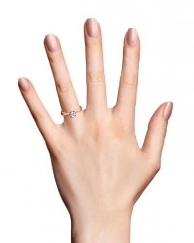טבעת אירוסין לייקה