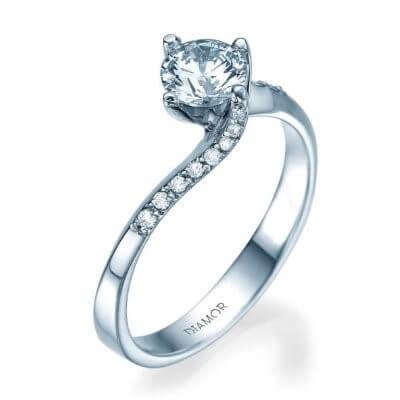 טבעת אירוסין טרישה